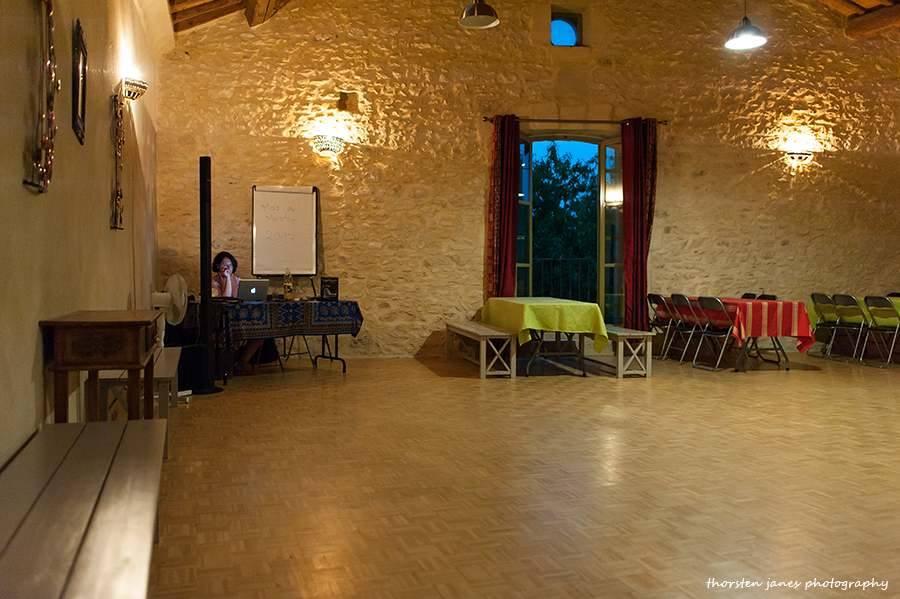 DJ awaiting guests for Gran Milonga @ Mas de Mestre
